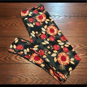 LuLaRoe Flower Leggings
